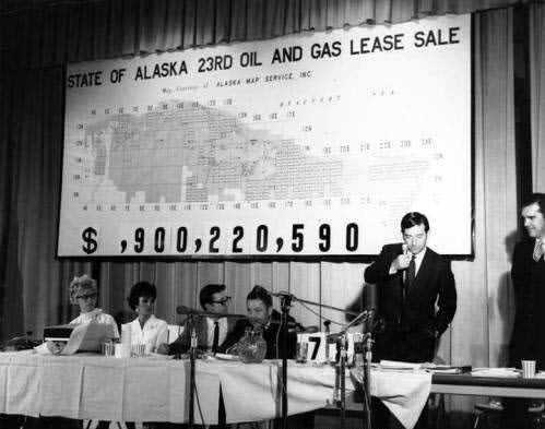 Alaska brings in $900 millionfrom North Slope oil and gas leases.